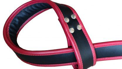 hängande handbojor för händer och fötter, detaljer i äkta läder av hög kvalitet