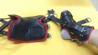 Ciężkie skórzane mankiety zawieszenia na stopy